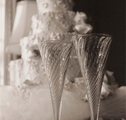 Wedding wine glasses and cake